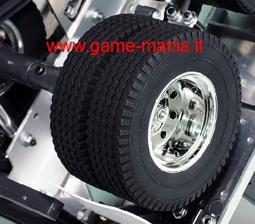 Coppia gomme 1.7 RETREAD per camions scala 1:14 by RC4WD