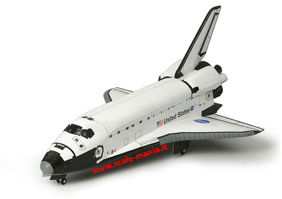 Kit in plastica dello Space Shuttle in scala 1:100 by Tamiya