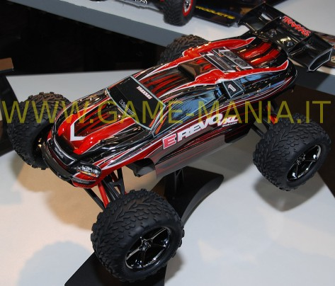 E-REVO VXL 1/16 scale brushless RTR WITH STABILITY MANAGEMENT by Traxxas